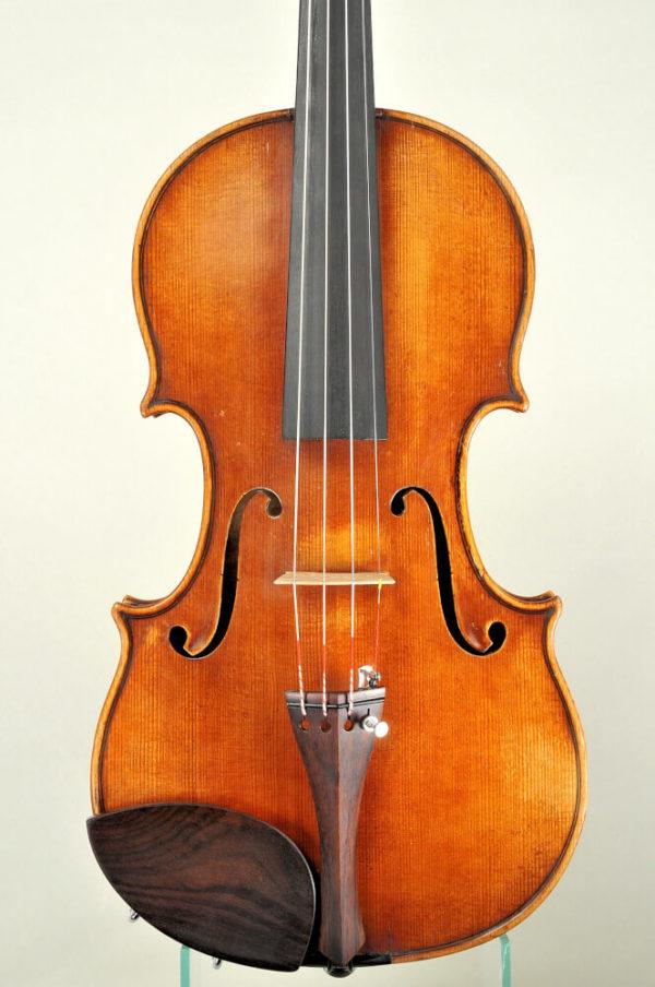 M. Heinicke antik mesterhegedű 1950-ből
