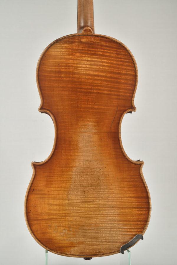 J. B. Schweitzer antik mesterhegedű hátoldala