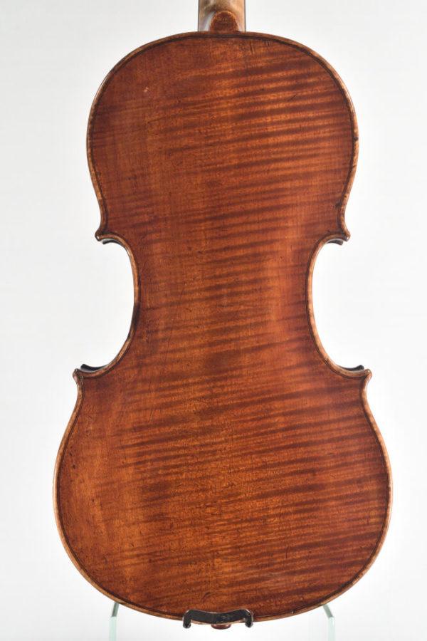 Johannes Cuypers antik mesterhegedű hátoldala