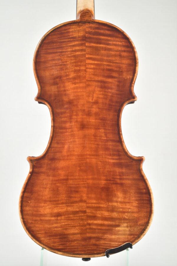M. Heinicke antik mesterhegedű hátoldala