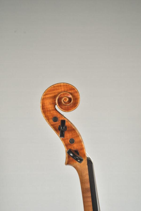 Spiegel János antik mesterhegedű csiga
