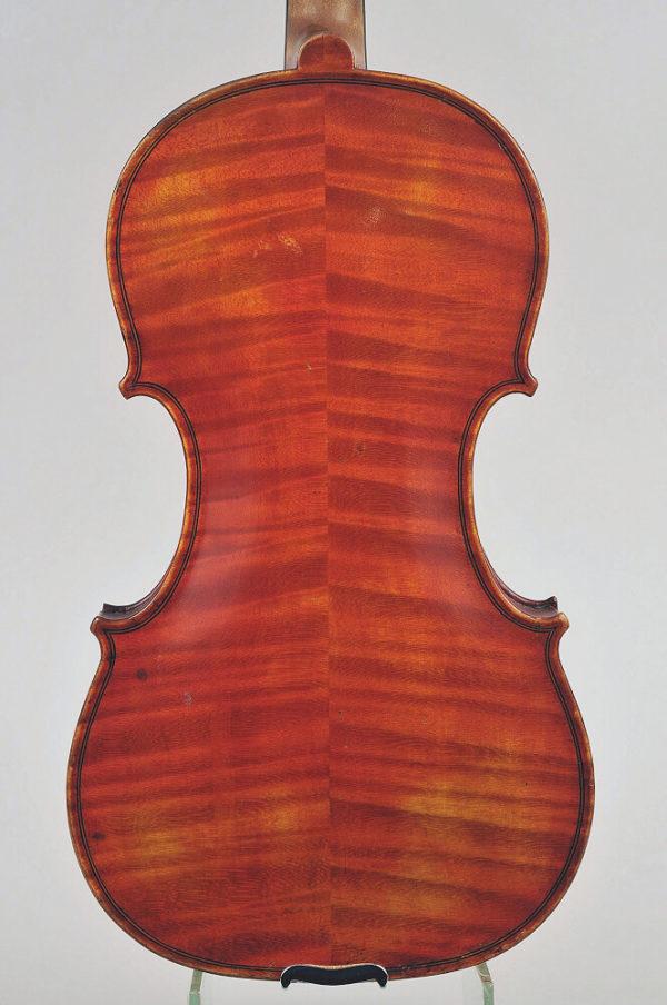 G. Panizzi antik mesterhegedű hátoldala