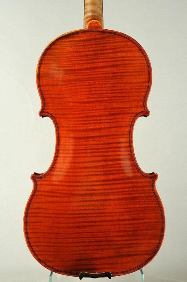 Alfonz Vavra antik mesterhegedű hátoldala