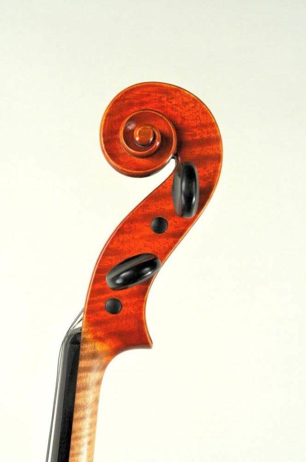 Alfonz Vavra antik mesterhegedű csiga