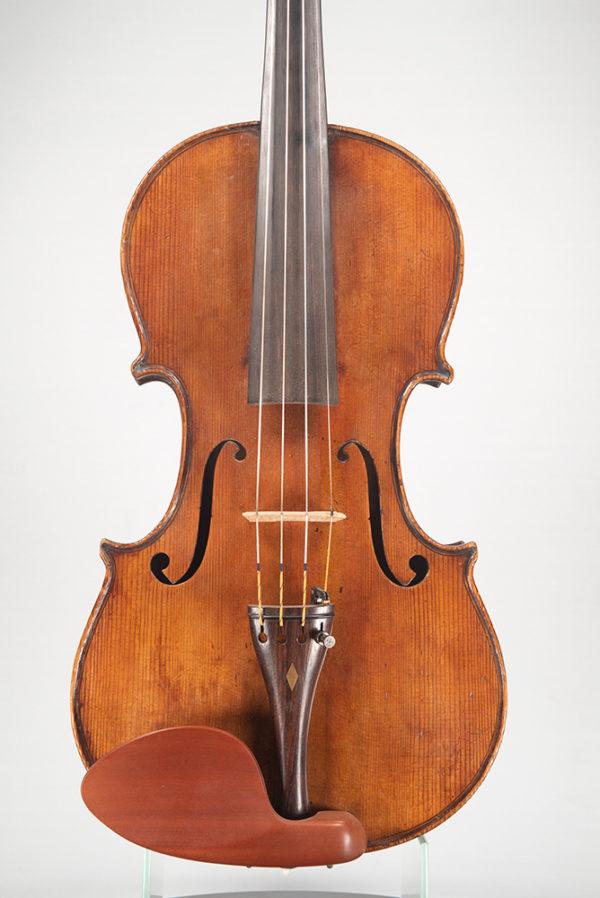 C. Candi mesterhegedű 1900