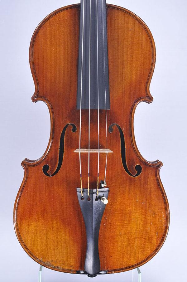 Maximillian Frirsz mesterhegedű