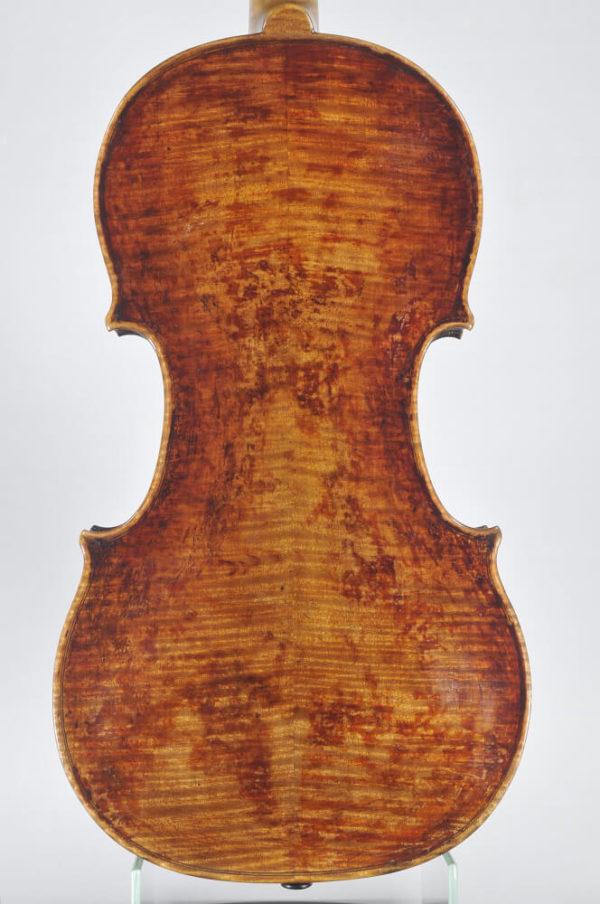 J. G. Thir mesterhegedű 1747 hátoldal