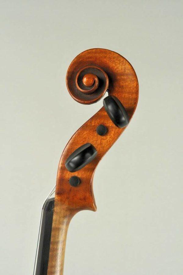 Johann Tichy antik mesterhegedű csiga