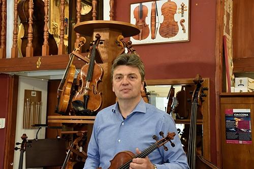Délczeg Zoltán, hegedűkészítő és igazságügyi szakértő